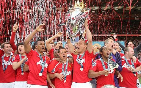 Manchester United Football Club: Fixtures 2011-2012