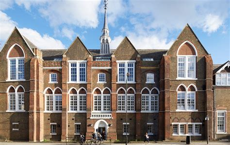 BILINGUAL SCHOOLS IN LONDON - Welcome Home London