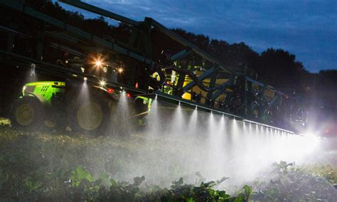 Image Gallery: 25 John Deere Sprayer Pictures to Promote